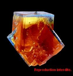 Fluorine de la mine de Valzergues.